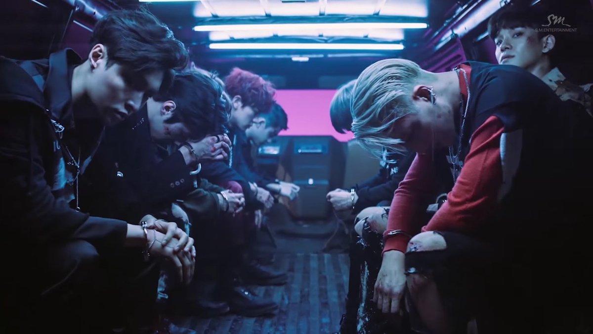 EXO – Lucky One & Monster